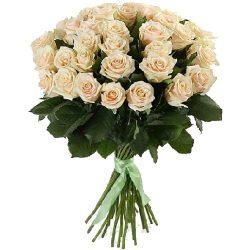 букет 33 кремовые розы фото