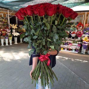 35 высоких роз в Ровно фото