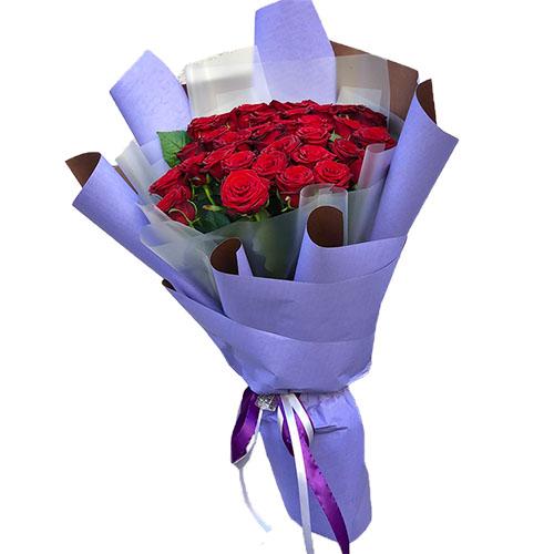 букет 33 червоні троянди