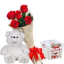 """Ведмедик з букетом троянд та """"Raffaello"""" фото"""
