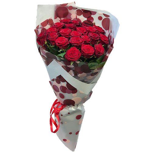 букет 21 червона троянда