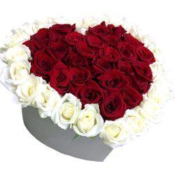 фото 51 роза сердце в специальной коробке