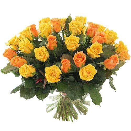 Фото товара 51 жовта і персикова троянда в Ровно