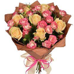 Фото товара Кремова троянда і спрей в Ровно