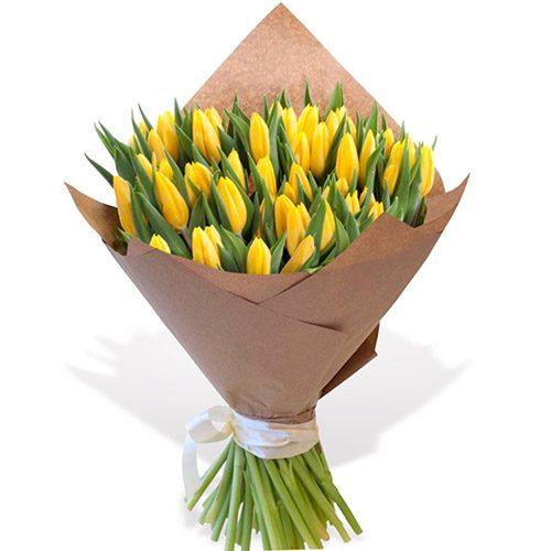 """Фото товара 45 жовтих тюльпанів """"Золоте руно"""" в Ровно"""