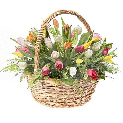 Фото товара 45 тюльпанов ассорти в корзине с декором в Ровно