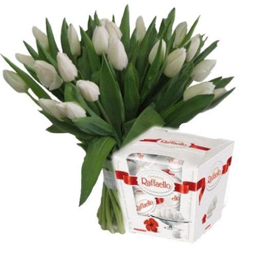 "Фото товара 21 тюльпан и ""Raffaello"" в Ровно"