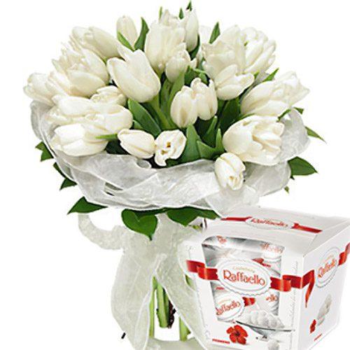 """Фото товара 25 тюльпанов и """"Raffaello"""" в Ровно"""